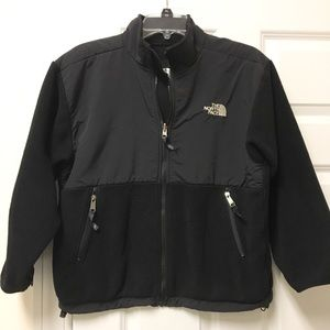 Awesome The North Face youth unisex jacket!